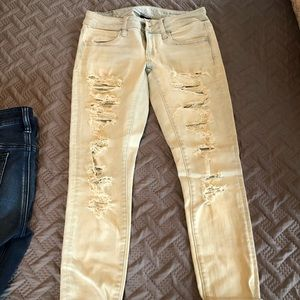 AE Ripped jeggings (Lightly worn)